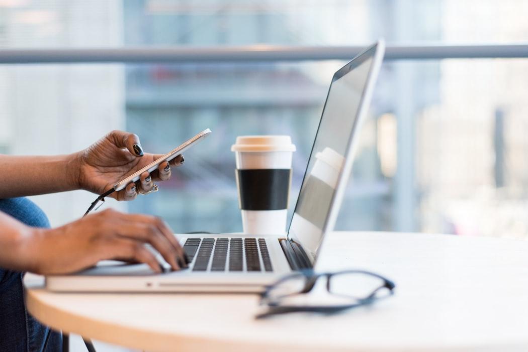 Tại sao bạn nên thêm Ngành nghề kinh doanh vào điện thoại thông minh của mình